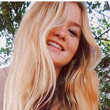 Sam from Burlington | Woman | 35 years old | Gemini