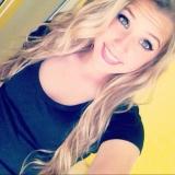 Kels from Stafford | Woman | 29 years old | Aquarius