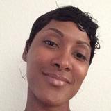 Essence from Newport News | Woman | 35 years old | Gemini