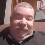 Tim from Charlotte | Man | 55 years old | Capricorn