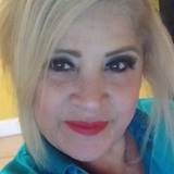 Adriána from Eagle Pass | Woman | 52 years old | Leo