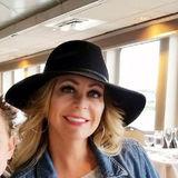 Lisa from Riverside | Woman | 58 years old | Sagittarius