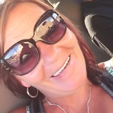 Dee from North Royalton | Woman | 50 years old | Pisces