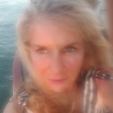 Jamie from Oakland | Woman | 53 years old | Aquarius