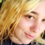 Mo from Chanute | Woman | 28 years old | Aquarius