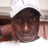 Gueye from Pamplona | Man | 28 years old | Aries