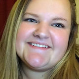 Zoe from West Allis | Woman | 24 years old | Leo