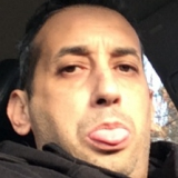 Hichamct from Thompson | Man | 42 years old | Aquarius