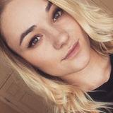 Rowan from Olympia | Woman | 24 years old | Taurus