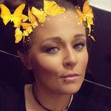 Emz from Swansea | Woman | 37 years old | Taurus