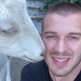 Aaron from Coquitlam | Man | 31 years old | Virgo