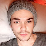 Declan from Brixton | Man | 29 years old | Scorpio
