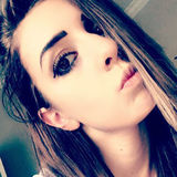 Paige from Oviedo | Woman | 23 years old | Aries