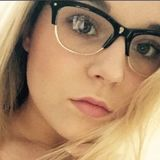 Emma from St. John's | Woman | 21 years old | Leo