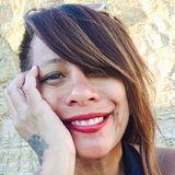 Loriethenomad from Oak Park | Woman | 53 years old | Gemini