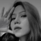 Jeje from Jakarta | Woman | 20 years old | Taurus