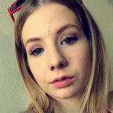 Hanny from Everett   Woman   23 years old   Capricorn