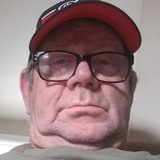 Charlie from Vancouver | Man | 52 years old | Aquarius
