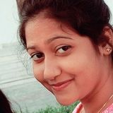 Yana from Benares | Woman | 25 years old | Capricorn