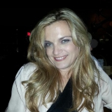 Amy from Garden City   Woman   48 years old   Capricorn