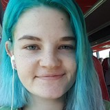 Vally from Darmstadt | Woman | 21 years old | Cancer