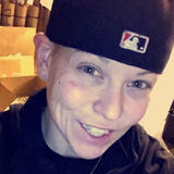 Felicia from Des Moines | Woman | 32 years old | Cancer