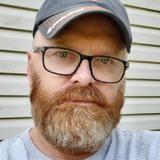 Larry from Cedar Rapids | Man | 51 years old | Capricorn
