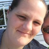 Suzieq from Moline | Woman | 37 years old | Capricorn