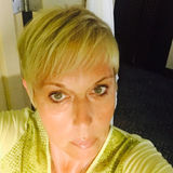 Kaza from La Laguna | Woman | 52 years old | Pisces