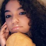 Halle from Erie | Woman | 20 years old | Libra