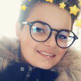 Ju from Autun | Woman | 20 years old | Aquarius