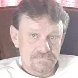 Tom from Pittsburgh | Man | 49 years old | Capricorn