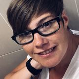 Di from Pontefract | Woman | 39 years old | Cancer