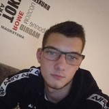 Julien from Deville | Man | 19 years old | Scorpio