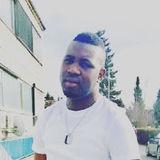 Aleakwesainttony from Ismaning | Man | 31 years old | Gemini