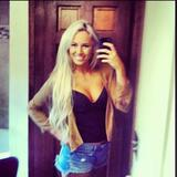 Sallie from Bayonne | Woman | 23 years old | Aquarius